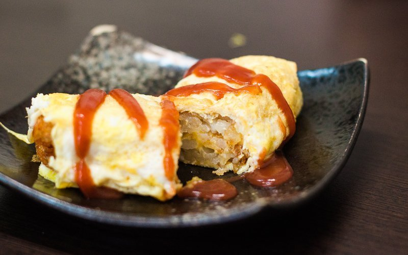 Hashbrown omelette - what to eat for breakfast in Ximending, Taipei, Taiwan