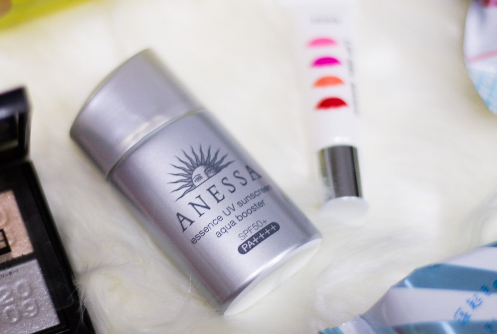 What to buy at Japan's drug stores? Anessa Sunscreen